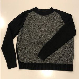 Women's gap sweater